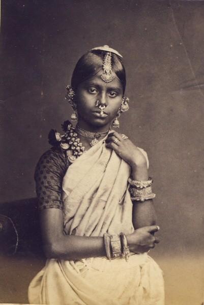 เด็กสาวชาวทมิฬ ถ่ายเมื่อปี 1880s