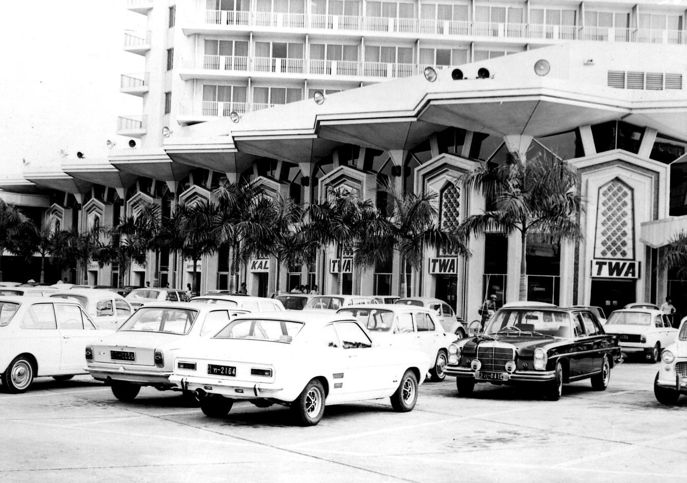 รถยนต์ โรงแรมดุสิตธานี 1970s
