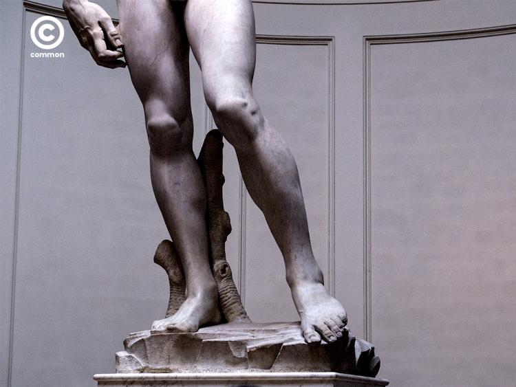 เดวิด รูปปั้น ขา