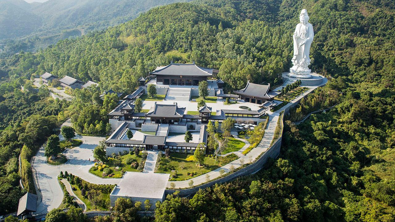 วัดฉือซ่าน Tsz Shan Monastery