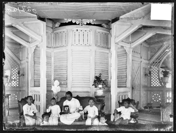 รัชกาลที่ 5 พระบาทสมเด็จพระจุลจอมเกล้าเจ้าอยู่หัว King Rama V 5 ลูก พ่อ พระราชโอรส