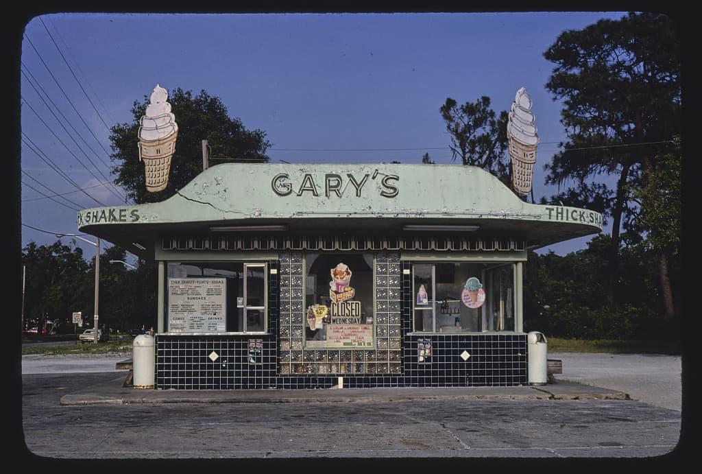 ๋๋John Margolies Photo รูปถ่าย ภาพถ่าย สถาปัตยกรรม อเมริกา วินเทจ 70s ศิลปะ ช่างภาพ