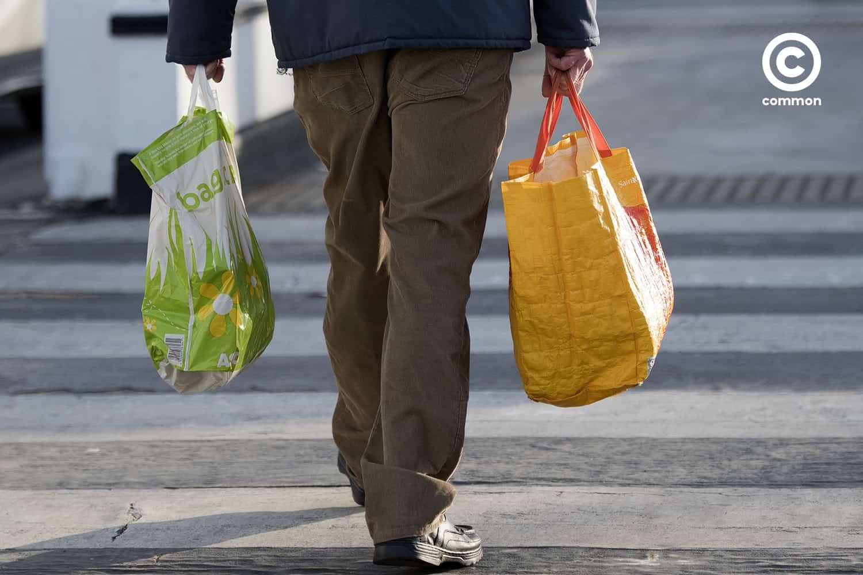 ลดเปลี่ยนโลก ถุงพลาสติก พลาสติก สิ่งแวดล้อม ถุงผ้า ปัญหา